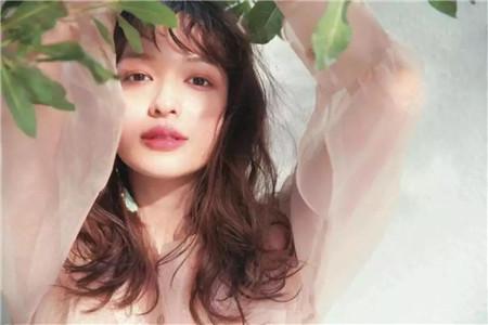 XLASH MASCARA 阿米娅纤密臻萃睫毛膏带给你日式妆容的魅力