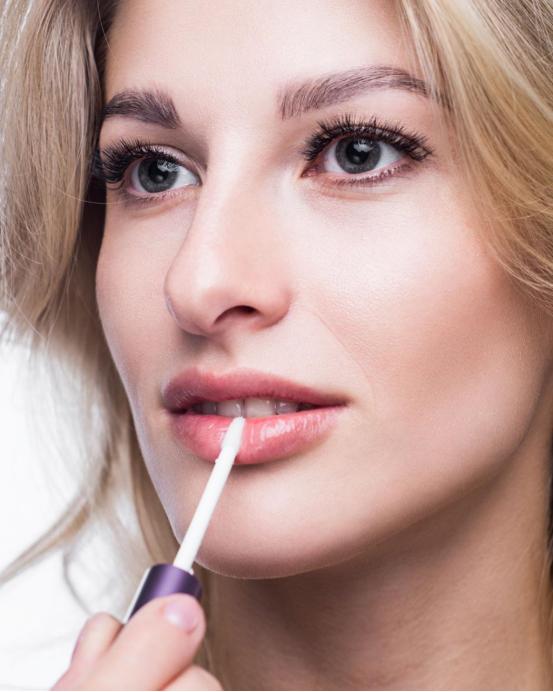 阿米娅xbrow臻萃眉毛精华液的使用效果