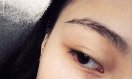 阿米娅xbrow臻萃眉毛精华液使用效果